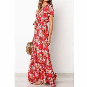 🚨Moving Sale🚨 LAST 2 Floral Tie Front Maxi Dress